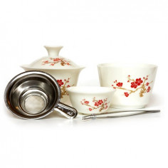 Чайный набор для путешествий со снежной сливой
