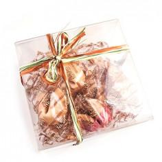 Печенье с предсказанием в коробке