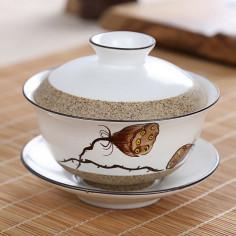 Белая керамическая гайвань с сухим лотосом