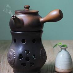 """Коричневый керамический чайник """"Лев"""" для варки пуэра"""