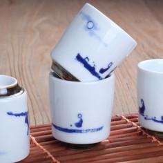 Чаша из цзиндэчженьского фарфора на ножке «Символ долголетия» (одноцветная роспись)