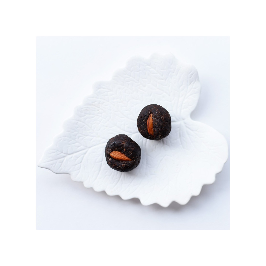 Рафаэль (кедрово-кокосово пралине)
