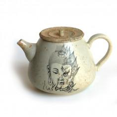 """Керамический чайник """"Добро и зло"""""""