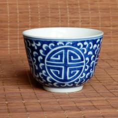 """""""Долголетие"""" — чаша из цзиндэчжэньского фарфора"""