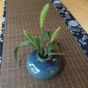 Маленькая вазочка с синей глазурью_5157