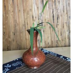 Высокая маленькая вазочка с красной глазурью (2)