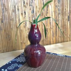 Высокая маленькая вазочка с малиновой глазурью (1)