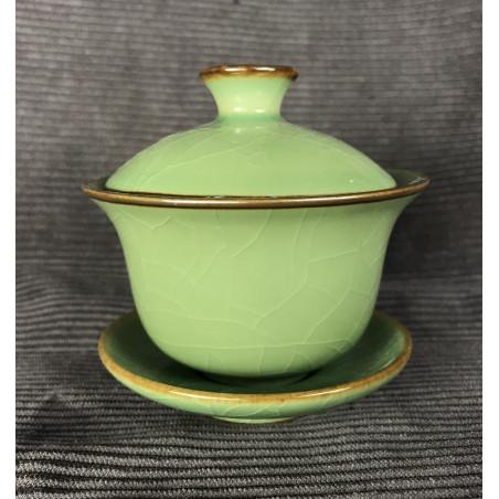 Гайвань из селадона болотно-зеленого цвета
