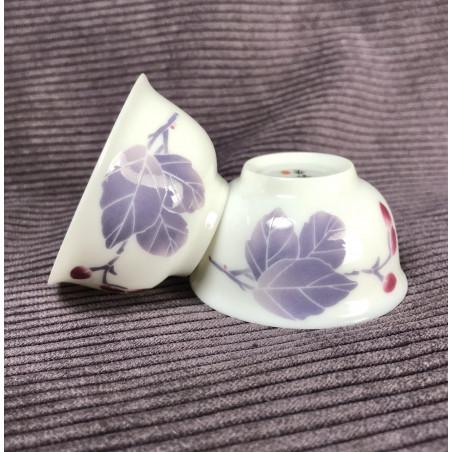 Чаша с фиолетовым листиком
