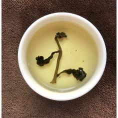 Чай с медовым ароматом с горы Алишань (обжаренный на огне)