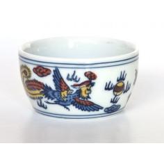 Чаша из цзиндэчженьского фарфора «Дракон и феникс»