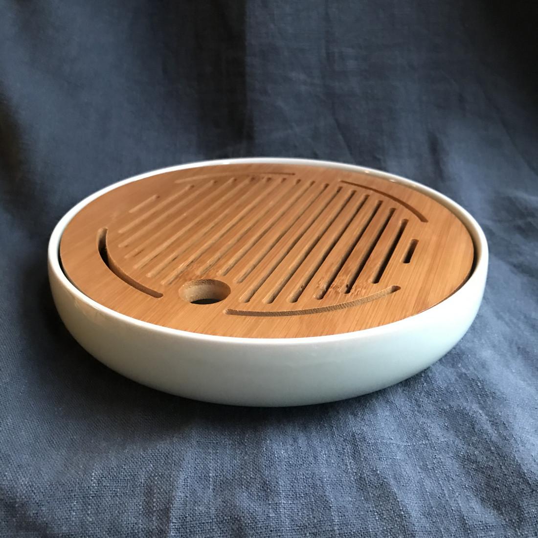 Маленькая круглая чабань с голубой селадоновой керамической основой