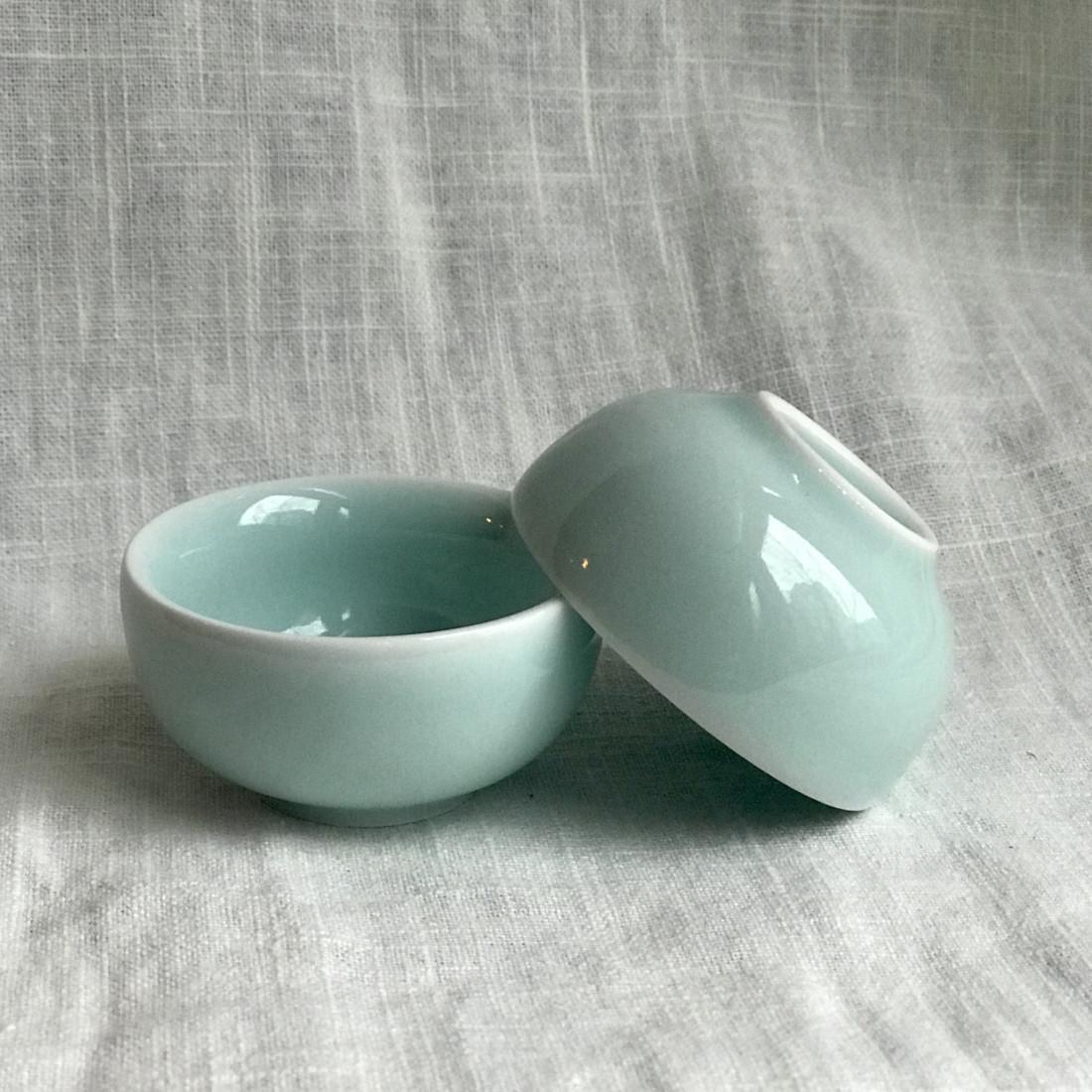 Маленькая чаша из дияо голубого цвета