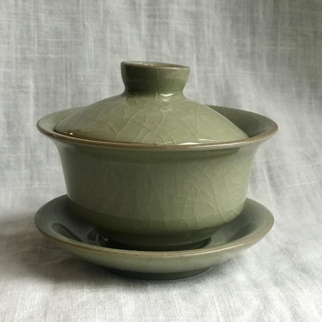 Гайвань из гэяо цвета желтого риса