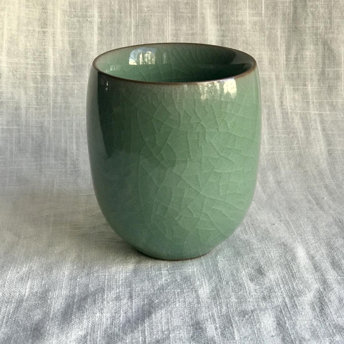 Стакан из зеленого гэяо