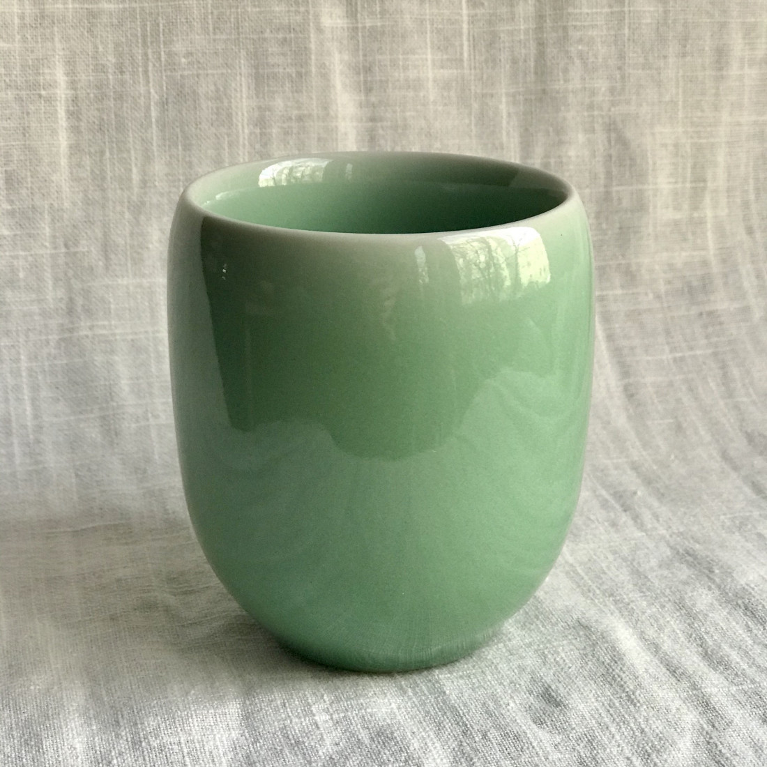 Стакан из дияо цвета зелёной сливы