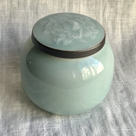 Чайница из голубого дияо