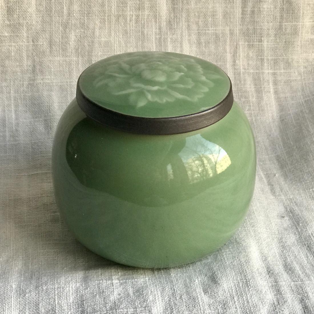 Чайница из дияо цвета зелёной сливы