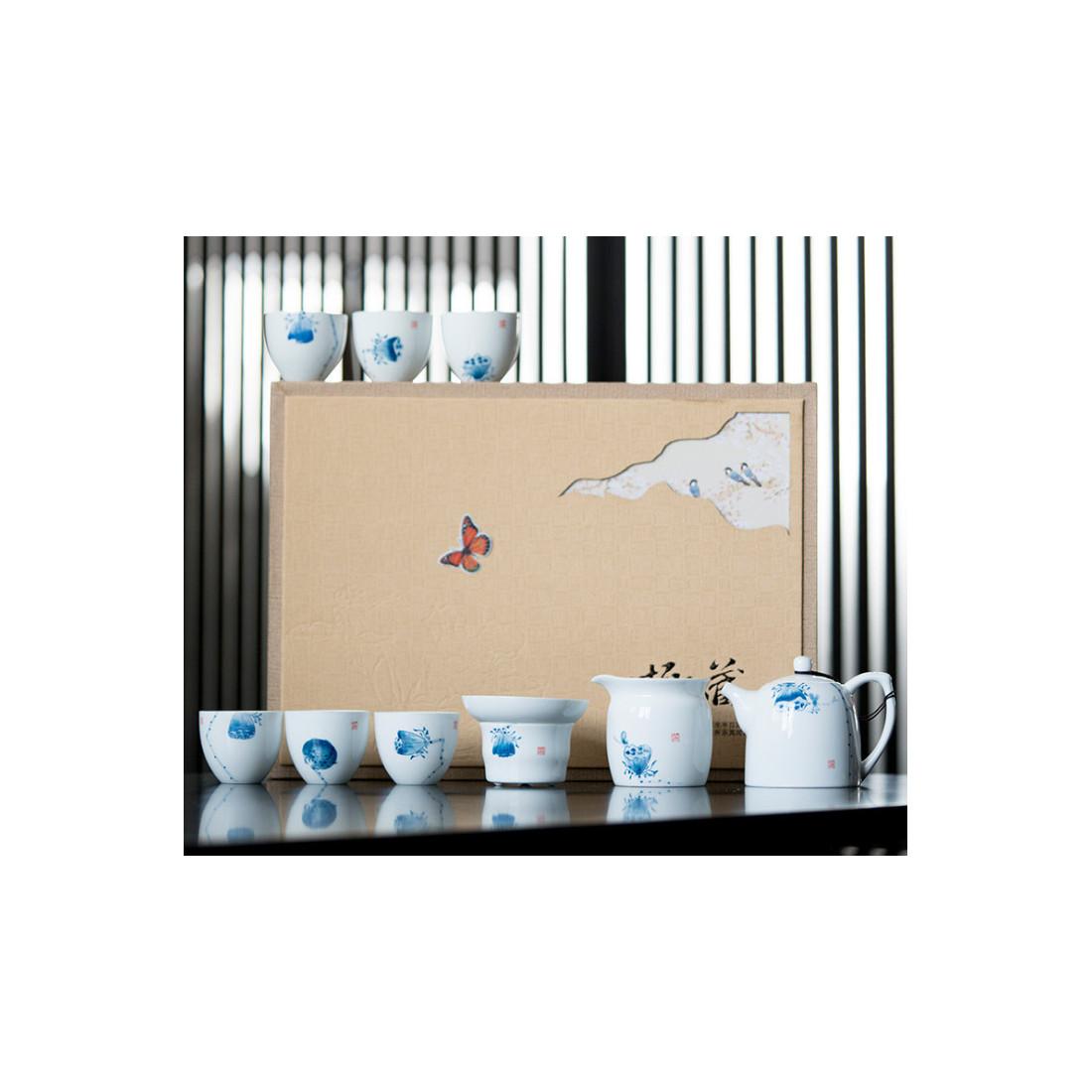 Лотосы — набор из цзиндэчженьского фарфора