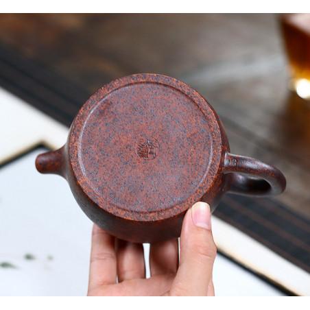 «Колокол добродетели» — чайник из исинской глины