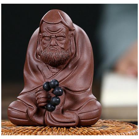 «Дамо с четками» — статуэтка из исинской глины