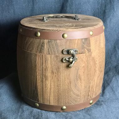Подарочный деревянный бочонок