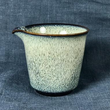 Белые нити — керамический чахай